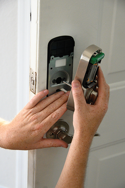 Installing Yale 256 Lock